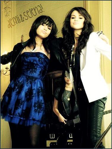 Demi & Selena banner