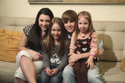 Justin Bieber fond d'écran called February 26th - Cody Meets Justin