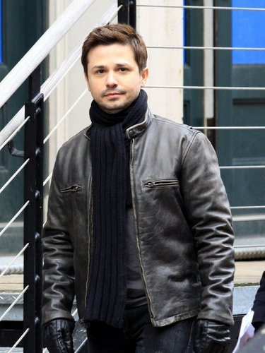 Freddy Rodriguez as Gio season 4