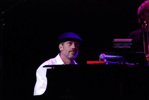 Hugh-Laurie-Band-From-TV@Niagara-Fallsview-Casino-March-06