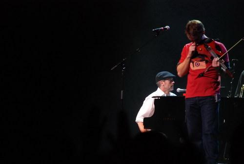 Hugh-Laurie-Band-From-TV@Niagara-Fallsview-Casino-March-06