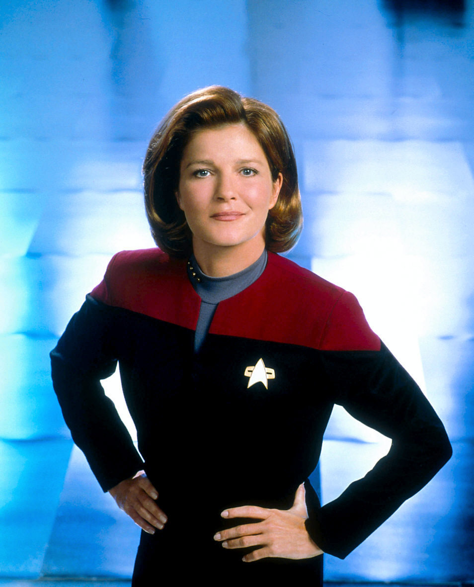 Janeway star trek women photo 10787068 fanpop for Mirror janeway