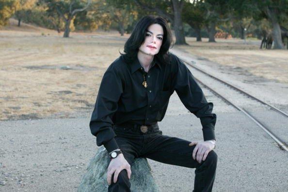 MICHAEL I 사랑 YOOUUU :D <3 HEE HEE