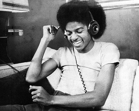 MICHAEL I tình yêu YOOUUU :D <3 HEE HEE
