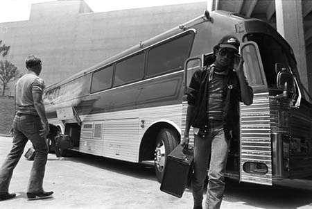 MJ/Bus