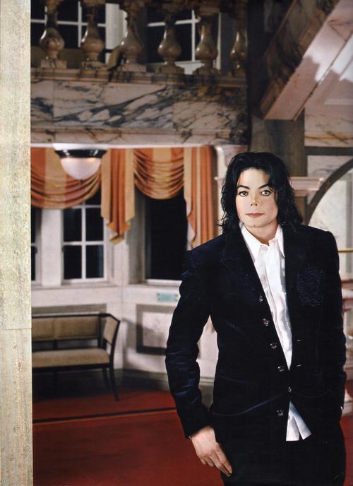 MJ Royal