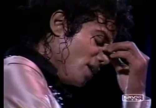 MJ emotion