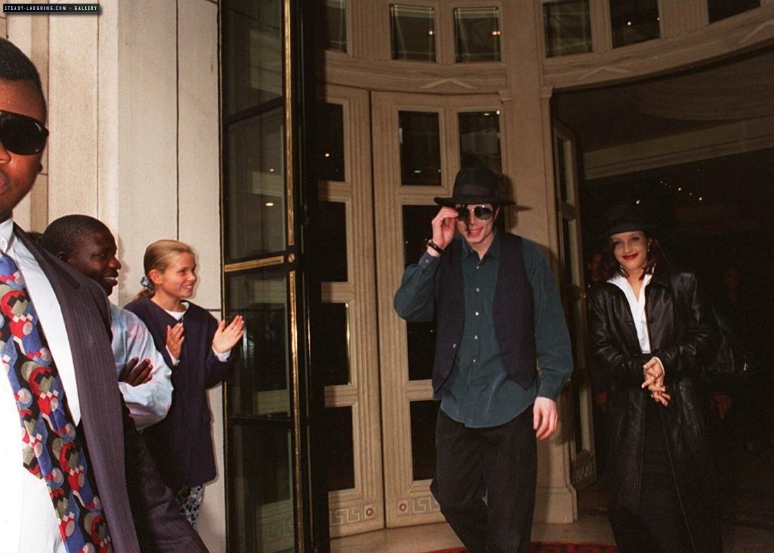 MJ in Versailles lâu đài
