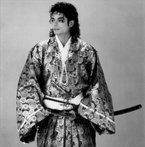 MJ large Sexy 和服