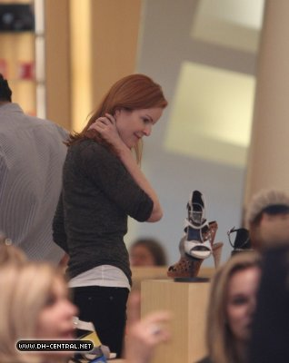 Marcia Shopping In Beverly Hills.