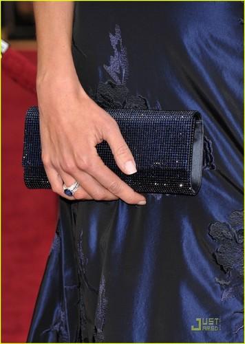 Mariska @ 2010 Oscars