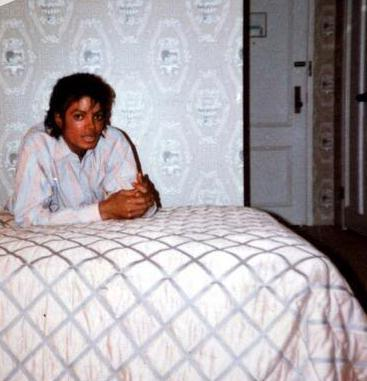 Michael/Bed
