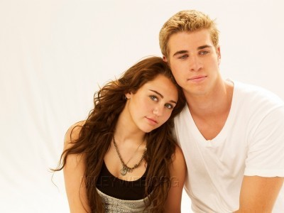 Miley and Liam Photoshoot