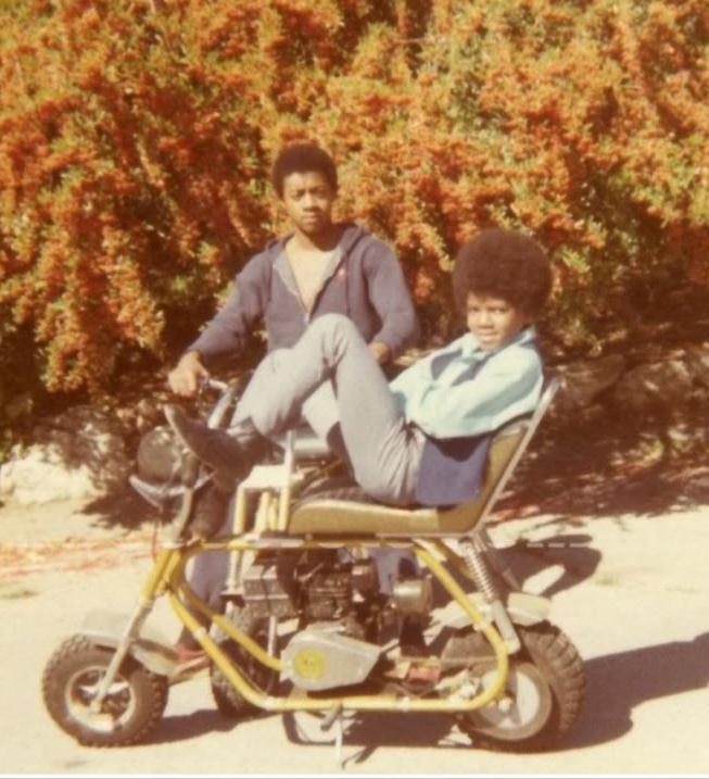 Motorbike-michael-jackson-10709192-653-717.jpg