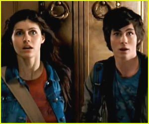 Percy and Annabeth....<3