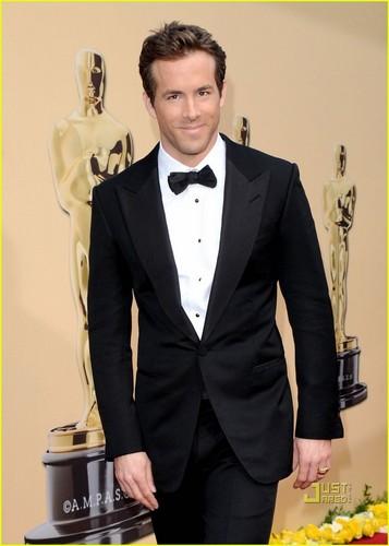 Ryan @ the 2010 Academy Awards