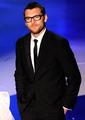 Sam presenting at 2010 Academy Awards - sam-worthington photo