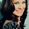 Family ~ Rachel K. Bilson feat Sarah Wayne Callies [ Monarchie ] &  Shiloh L. Spencer feat Matt Dallas [ Démocratie ] - ( Pas fini ) Sarah-Wayne-Callies-sarah-wayne-callies-10755006-100-100