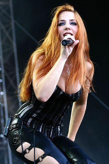 simone simons ladies sexy - photo #25