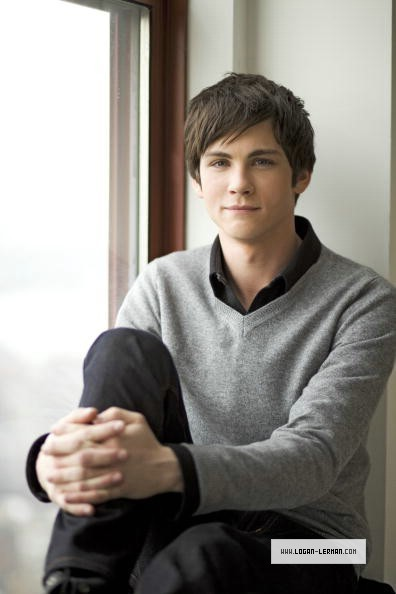 Nicholas R. Pryce The-sexiest-photoshoot-ever-333-we-love-logan-lerman-10735094-396-594