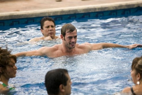 http://images2.fanpop.com/image/photos/10700000/William-william-levy-gutierrez-10727980-500-333.jpg
