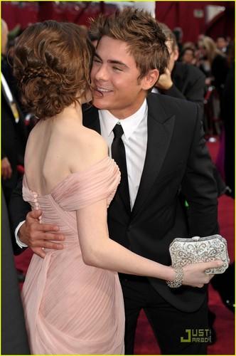 Zac @ 2010 Oscars