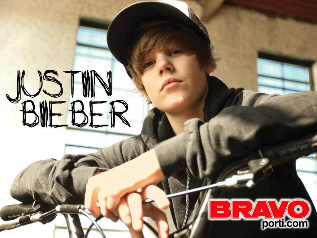 Download Walpaper Justin Beiber 7