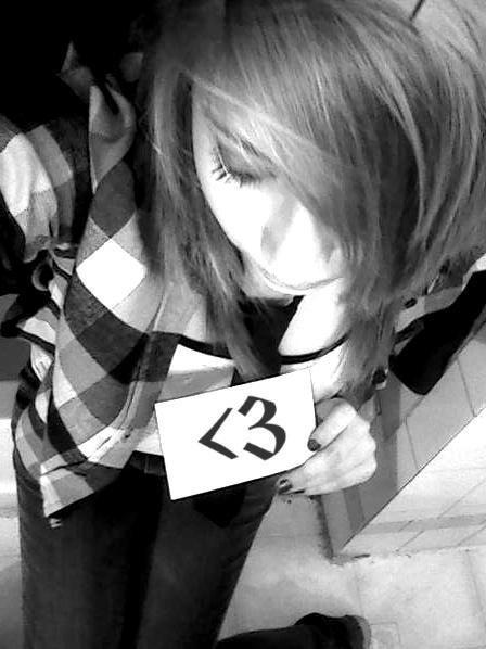 kierra(: - emo-girls photo