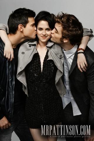 *New* Entertainment Weekly Outtakes With Robert Pattinson, Kristen Stewart & Taylor Lautner