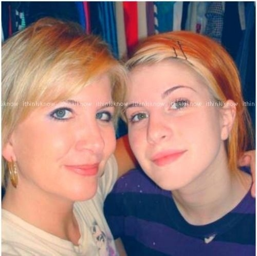 .hayley williams and her mother