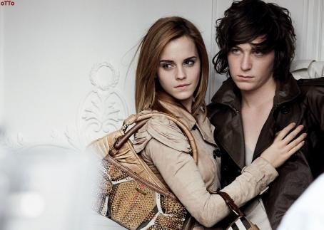*new* burberry Campaign