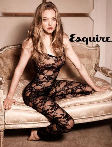 Amanda Seyfried in Esquire Magazine - April 2010