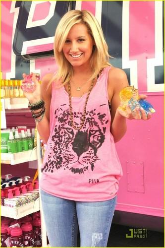 Ashley @ màu hồng, hồng Pop-Up cửa hàng