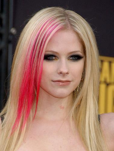 Avril at awards
