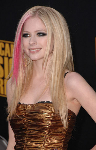 Avril at awards