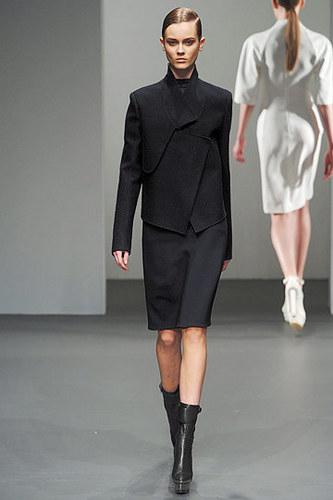 Calvin Klein Fall 2010 Ready To Wear