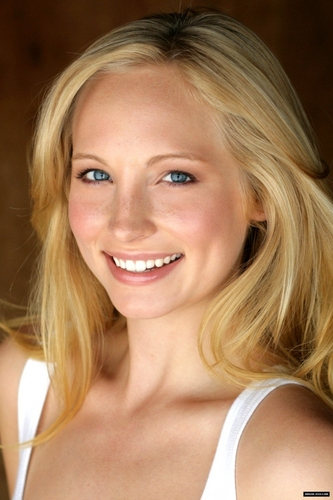 Candice Accola پیپر وال called Candice Accola <3