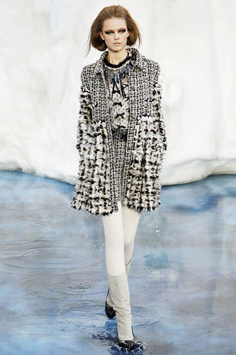 Chanel Fall 2010 Ready To Wear