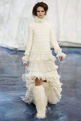 Chanel Fall 2010 Ready To Wear
