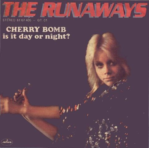 kers-, cherry Bomb/Is it dag of Night?