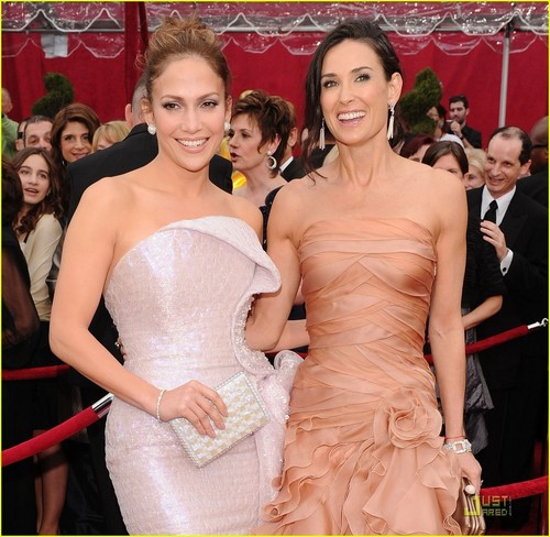 Demi @ 2010 Oscars