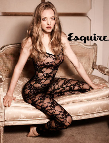 amanda seyfried wallpaper titled Esquire Magazine April 2010 Issue