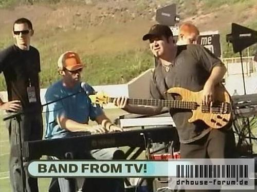 HUGH AND THE BAND FROM TV