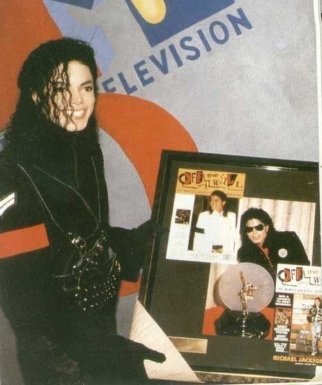 In MTV! - michael-jackson photo