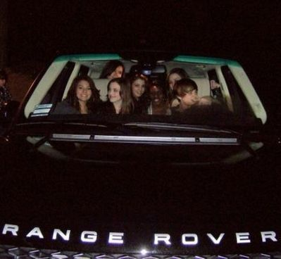 J.Bieber driving a range  rover - justin-bieber  photo