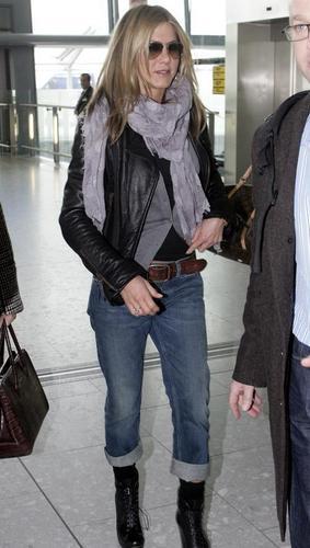 Jennifer @ Heathrow Airport