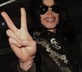 Michael «3 - michael-jackson photo