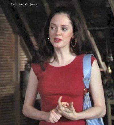 Rose as Paige Matthews;)