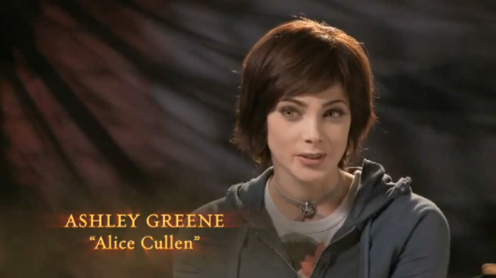 Alice Cullen Hair in Eclipse http://answers.yahoo.com/question/index?qid=20110410214819AAXt0vl