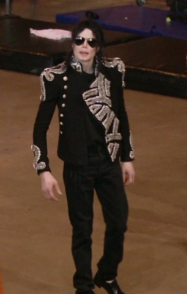 The King !! - michael-jackson photo